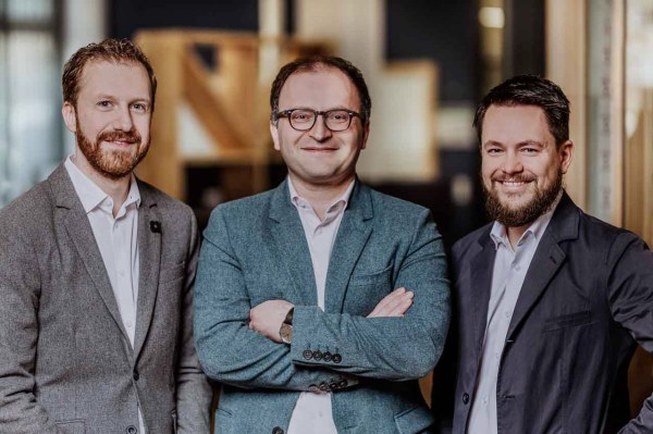 German fintech Raisin to buy MHB Bank